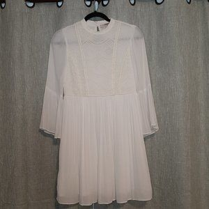 NWT Forever 21 Ivory & Lace Flowy Short Dress XS